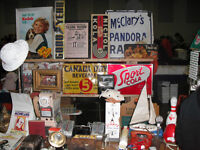 May 24th Woodstock Nostalgia & Small Antique Show-vendors buying