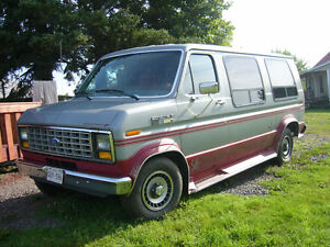 1987 Ford E-150 Red Minivan, Van