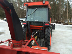 Kubota L3830 4x4 blower and loader