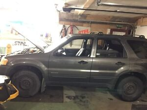 2002 Ford Escape with brand new winter tires on