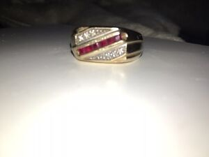 10k men's gold, Diamond and ruby ring size 12