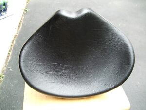 LARGE TRIKE SADDLE SEAT
