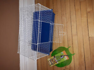 1'x2' cage with igloo and new glass water bottle