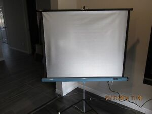 + Vintage 8 mm Projector + with Portable Viewing Screen + London Ontario image 3
