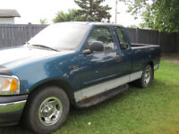2000 Ford F-150 xl Pickup Truck
