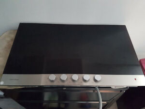 Fisher & Paykel Glass cooktop
