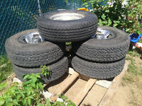 4 Balanced LT235/75R15 Cooper discoverer AT/3 on rims with spare