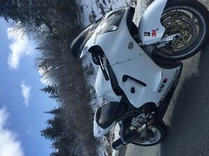 2000 Kawasaki zx12r going cheap
