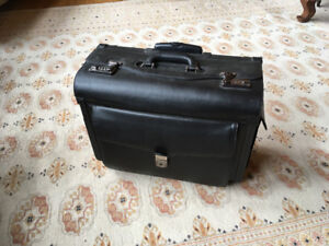 Legal Briefcase with Wheels