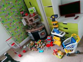 Incredible roleplay kitchen set checkout toys. Complete with food etc