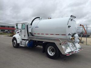 2012 Peterbilt 337 Septic / Vacuum Truck