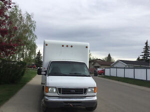 FORD CUBE VAN 2007 16 FEET FOR SALE BY OWNER.