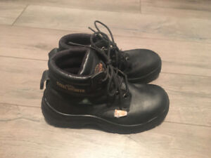 Men's Safety Boots - Size 7