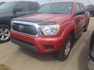 2015 TOYOTA TACOMA SR5 // 4X4 // DOUBLE CAB // AUTO // REDUCED!!