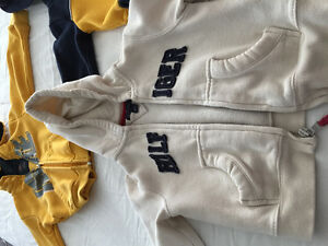 Toodler clothes size 2