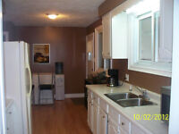 ROOMS FOR RENT NEAR LAMBTON COLLEGE 3 AVAIL