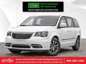 2015 Chrysler Town  Country S  LEATHER - BT - DVD - BACKUP CAM -