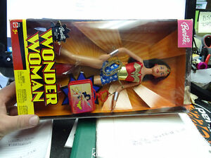 MATTEL WONDER WOMAN BARBIE LIMITED EDITION IN BOX