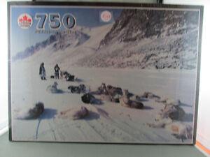 750 Piece Jigsaw Puzzle True North Canada Devon Island N.W.T.
