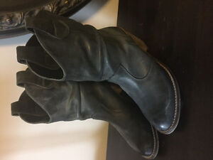 Aldo size 9 leather boots