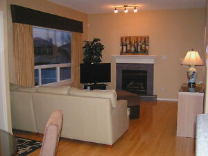 FURNISHED SW HOUSE! 3 BEDROOM! ALL UTILITIES PAID! CABLE! NET! Edmonton Edmonton Area image 6