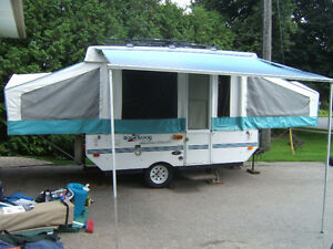 NEW PRICE!!!10 ft ROCKWOOD TRAILER with bike rack system for 7!!