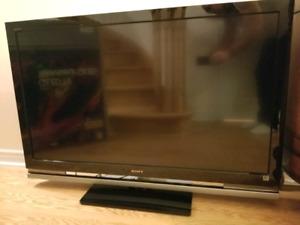 Sony BRAVIA KDL-52W4100 52-Inch 1080p  LCD HDTV