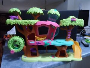 Littlest Pet Shop Treehouse