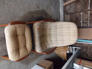 Teak lounger & stool