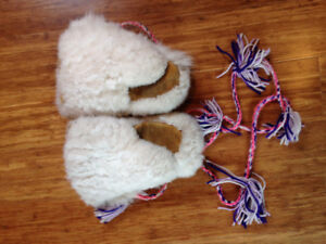 Fur Mittens, Arctic Hare and moose hide