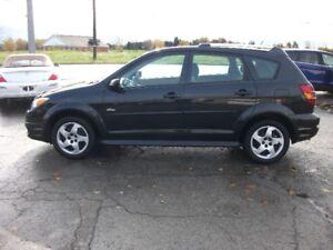 """2007 Pontiac Vibe """"ONLY 80,000 KM"""" Hatchback"""