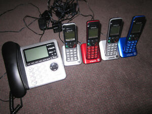 VTech DS6642-4 DECT 6.0 Corded/Cordless Phone System with Cell