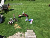 Tricycle, vélo avec petite roue arrière, beeguil ,20$ chaque