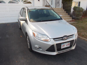 2012 Ford Focus SE/4cyl Gas Saver/New MVI Sedan