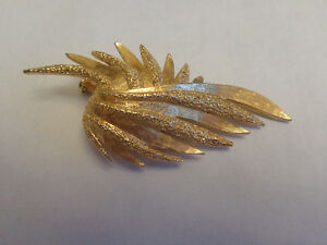 Leaf Brooch Vintage
