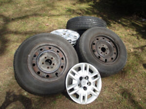 Tires and Rims for 2006 Dodge Caravan