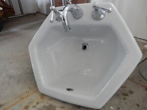bathroom sinks winnipeg need a sink toilet or shower great deals on plumbing in 11512