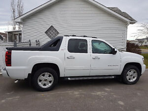 2012 Chevrolet Avalanche LT w/1SD Pickup Truck