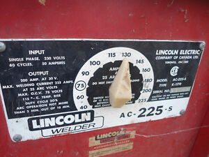 Lincoln Welder AC-225-S Cambridge Kitchener Area image 1