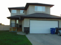 Gorgeous 3 Bedroom Home In White City