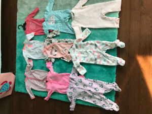 Lot (A)  of 0-3 months baby girl clothes pjs 9 outfits