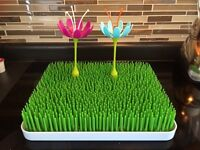 Boon grass drying rack with two stems
