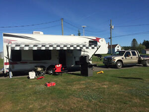 28ft Vortex 5th Wheel TOY HAULER *Bike Rally Season Is Coming*