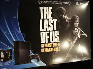 PS4 500 GB Last Of Us Edition plus games and extra controller