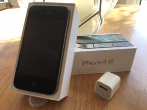 $60.00 Unlocked Apple iphone 4s for Sale! Excellent Condition!