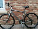 Mens hybrid bike GIANT