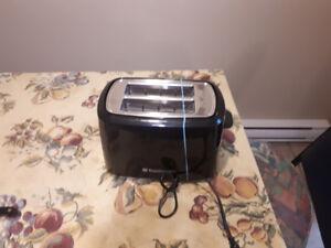 Toastmaster TM-26TSC 2 Slice Toaster, Black