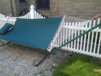 FOR SALE - HAMMOCK WITH STAND
