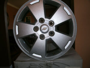 """Chev Impala 16"""" Rims .Set of 4 .In excellent condition"""