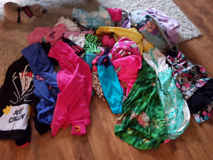 Girls sz 12-14 clothes